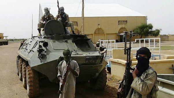متشددون تابعون للقاعدة في مالي ينشرون فيديو  لرهينة فرنسية