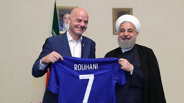 اینفانتینو: روحانی قول داده زنان ایرانی به زودی به ورزشگاهها بروند
