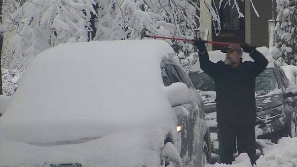ABD ve Avrupa'da sert kış can alıyor