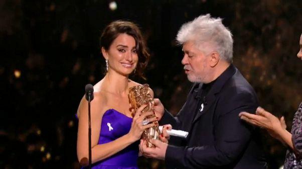 Penélope Cruz recibe el Cesar de Honor por toda su carrera