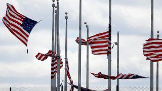 Mau tempo deixa rasto de morte e destruição nos EUA