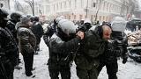 الشرطة الأوكرانية تعتقل 100 والعثور على قنابل بحوزة المتظاهرين