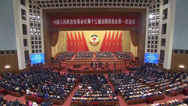China dice querer estrechar lazos con Taiwán al día siguiente de amenazar a la isla