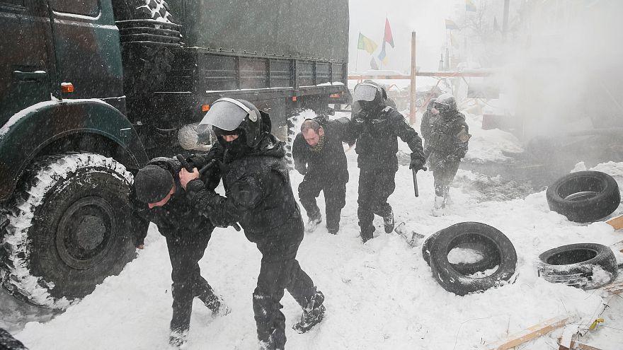 Ukraine: Protestlager vor dem Parlament geräumt