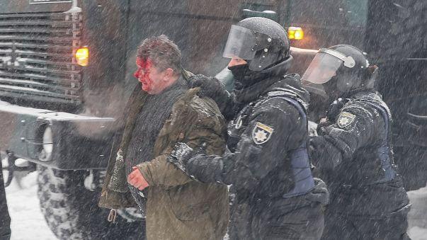 Violentos confrontos em Kiev