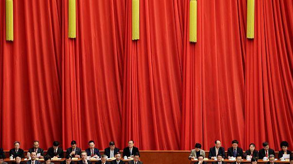 Μήνυματα Πεκίνου προς όλες τις κατευθύνσης στο συνέδριο του ΚΚ Κίνας