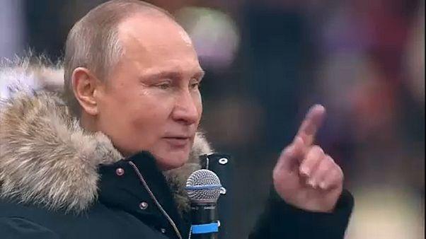 Százezren voltak Putyin nagygyűlésén