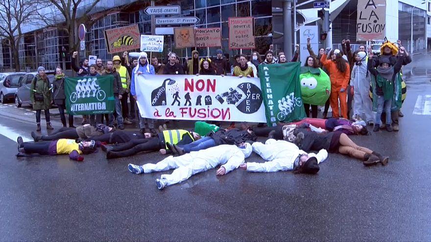 Manifestación contra la fusión Bayer-Monsanto