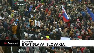 Slovacchia, in migliaia marciano a Bratislava per l'omicidio  Kuciak