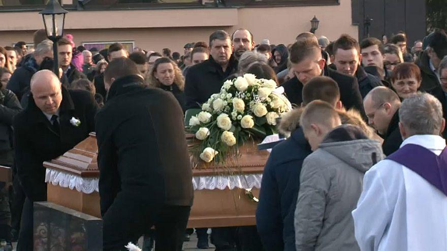 Cinayete kurban giden Slovak gazeteci Jan Kuciak  son yolculuğuna uğurlandı