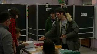 Olaszország választ – kinyitottak a szavazóhelyiségek