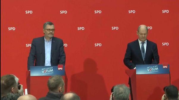"""El SPD da luz verde a una nueva """"gran coalición"""" con Angela Merkel"""