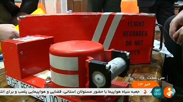 Crash d'un avion en Iran : les boîtes noires retrouvées
