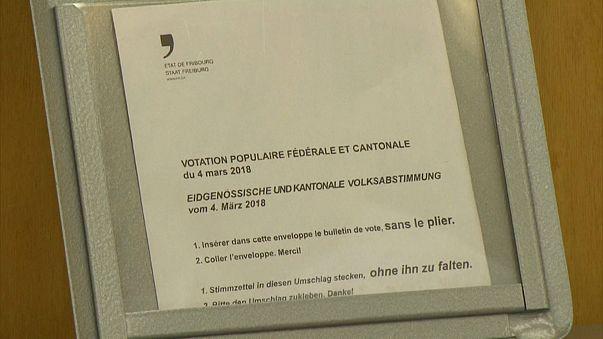 Les Suisses rejettent la suppression de la redevance télé