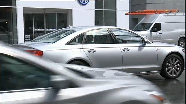 Trump amenaza con aplicar aranceles a la importanción de coches europeos