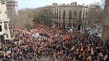 مظاهرات حاشدة في كتالونيا لتأييد الوحدة مع اسبانيا