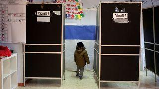 Ψήφος-διαμαρτυρία: Οι Ιταλοί γύρισαν την πλάτη στα παραδοσιακά κόμματα