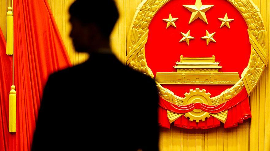 Congresso Nacional do Povo debate fim de limite de mandatos presidenciais
