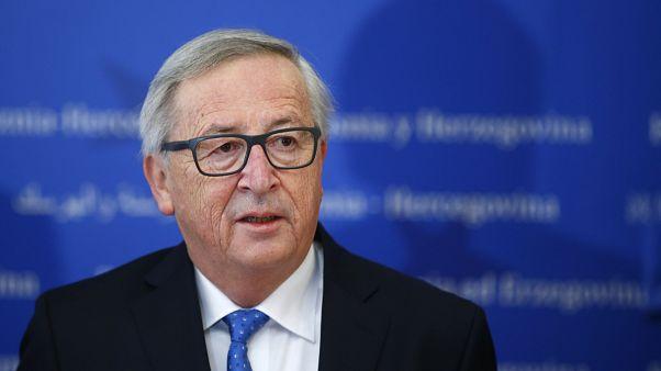 União Europeia promete guerra comercial contra EUA