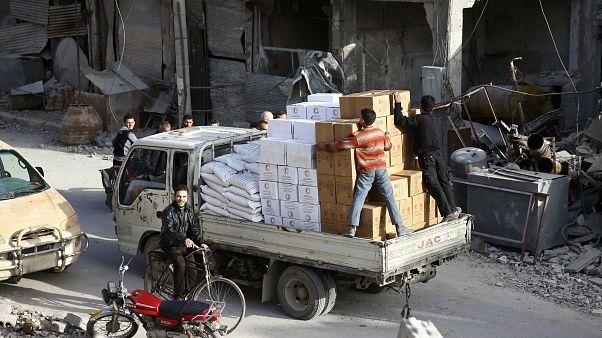 À espera de ajuda em Ghouta Oriental