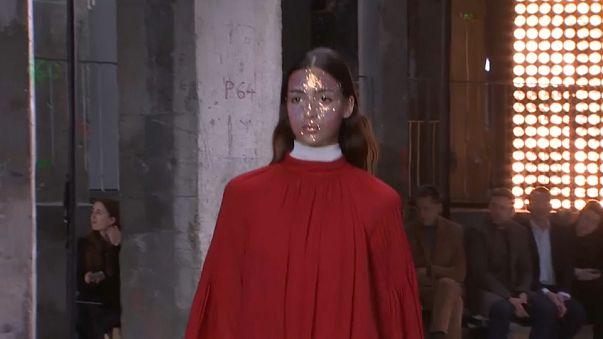 Paris Moda Haftası'nda son defile