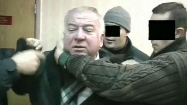 ¿Quién es el ex espía ruso en estado crítico Sergei Skripal?
