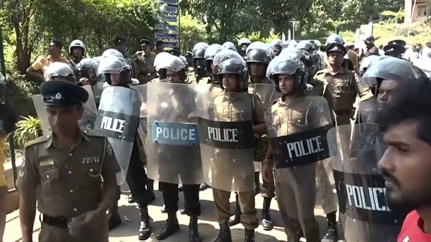 إعلان الطوارئ في سريلانكا بسبب اشتباكات بين مسلمين وبوذيين