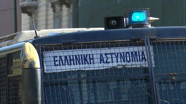 Grecia: operazione anti-terrorismo contro l'estrema destra