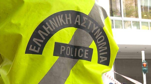 Coup de filet anti-terroriste dans les milieux fascistes grecs
