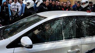 Ελλάδα: Οδηγοί ταξί κατά Uber - Ένταση στην πορεία