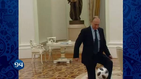 Putyin dekázgat – 100 nap múlva kezdődik a foci vb