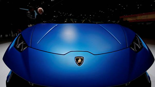 Lamborghini apresenta novidades em Genebra