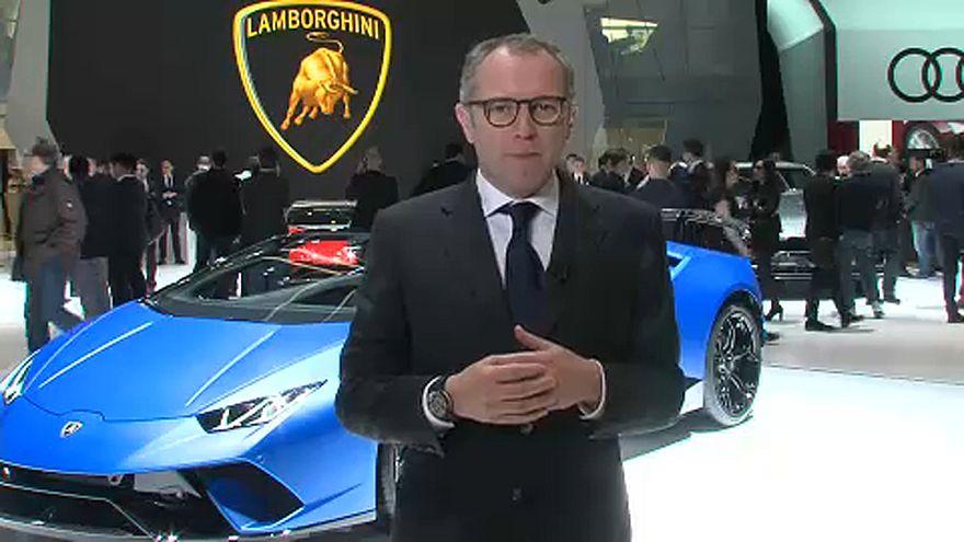 Kabriót kínál a Lamborghini Genfben