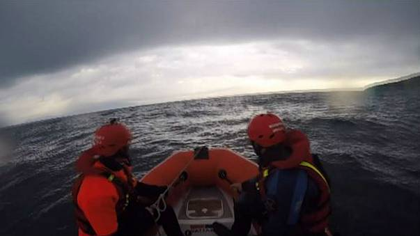 Three Spanish firefighters accused of trafficking people in Lesbos