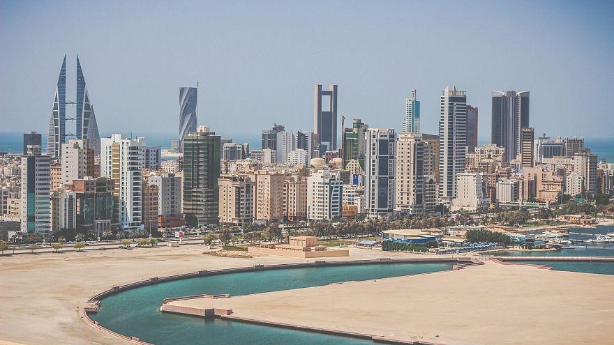 ملك البحرين للولايات المتحدة: حل أزمة قطر في الرياض