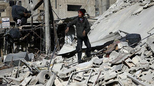 Forças militares de Assad mantém, com apoio da Rússia, ofensiva em Ghouta