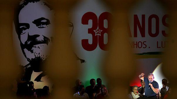 Perspetiva de Lula passar para detrás das grades ganha força