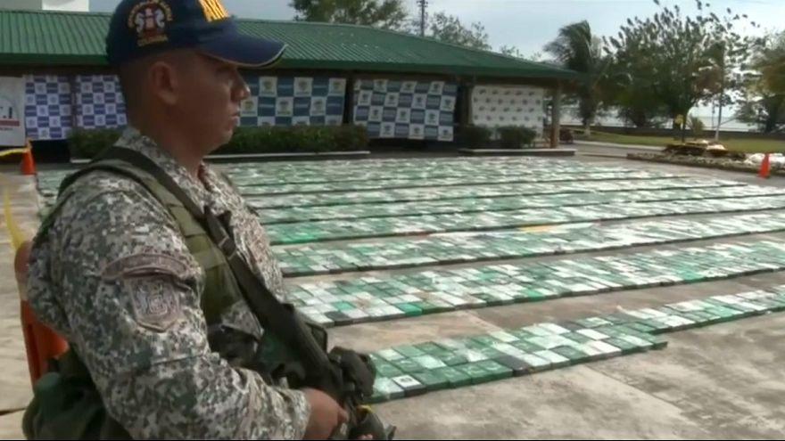"""Colômbia interceta cinco toneladas de """"coca"""" a caminho da Europa"""
