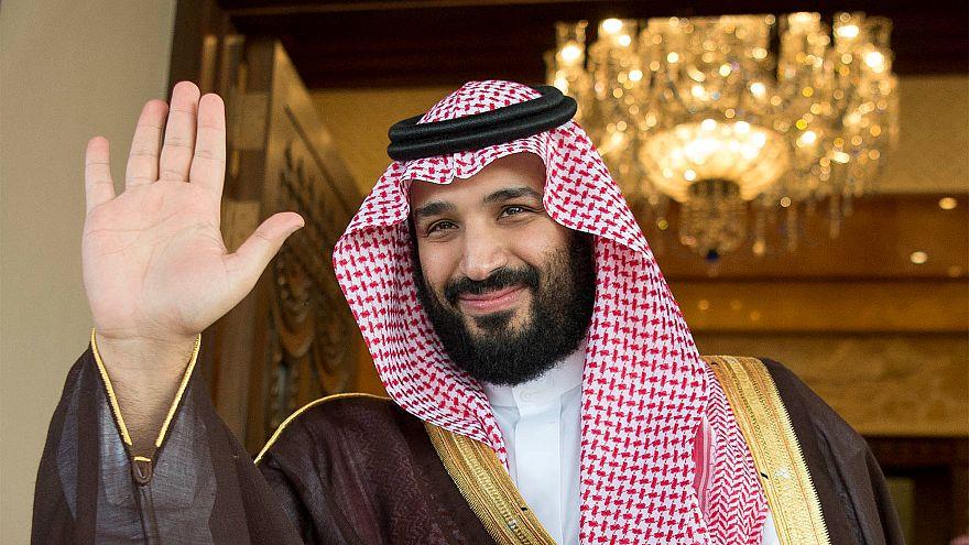 محمد بن سلمان يتدخل لحل خلاف مع بنوك بشأن الزكاة