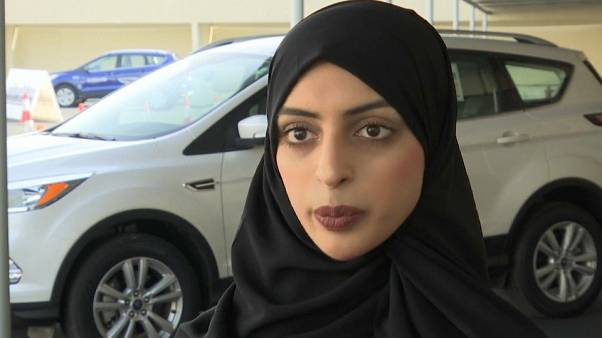 Arabia Saudita: donne in massa alle lezioni di guida