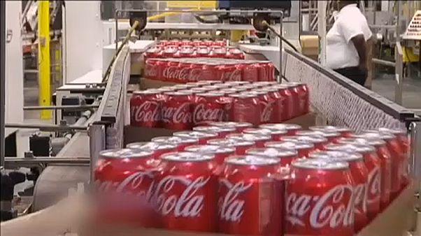 Szesszel támad a Coca-Cola