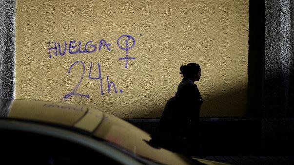 La primera huelga de mujeres en la historia de España calienta motores en Barcelona