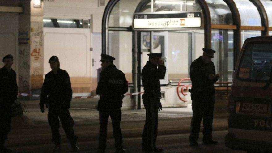 Drei Schwerverletzte bei Messerattacke in Wien