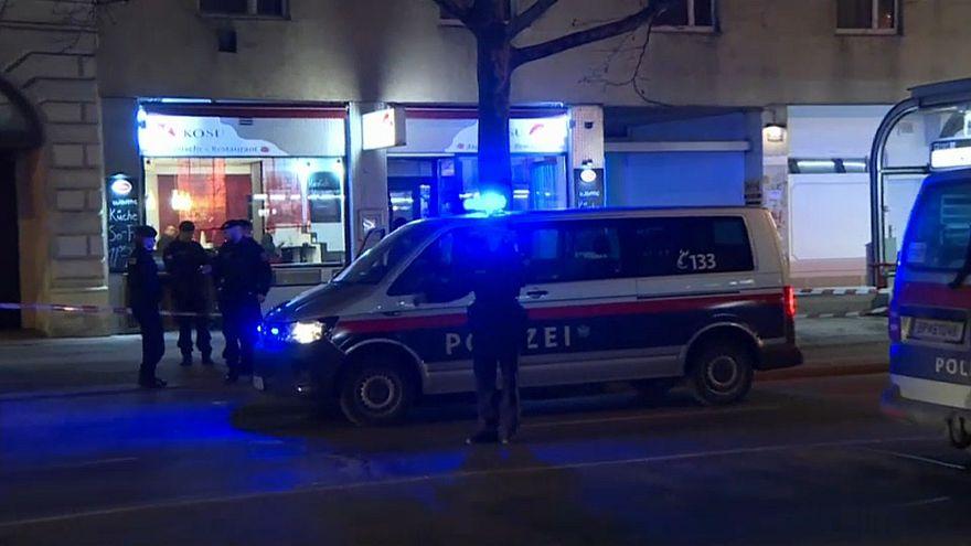 Wien: Vier Schwerverletzte nach zwei Messerattacken