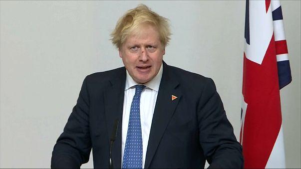 """Boris Johnson anuncia una """"respuesta contundente"""""""