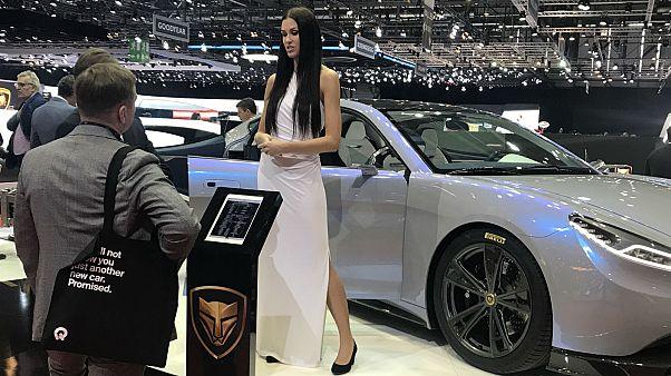 A model at the Lvchi stand at the Geneva Motor Show