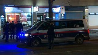 أربعة مصابين في هجومين بسكين في فيينا أحدهما أستهدف أسرة