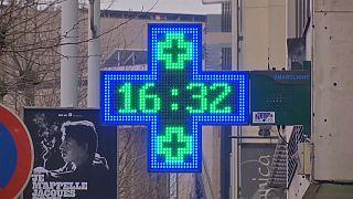 تأخر الساعة في أوروبا  6 دقائق بسبب الخلاف بين كوسوفو وصربيا