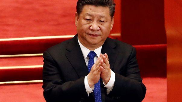 """الرئيس الصيني يحصل على لقب """"إله"""""""