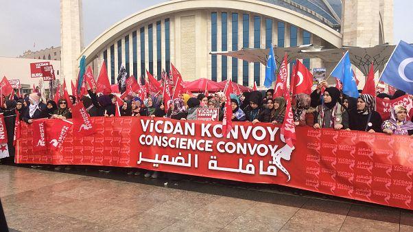'Conscience Convoy' sees 10,000 female activists travel to Syria-Turkey border